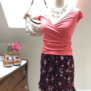 NWOT - size L.  Pretty flirty floral shorts